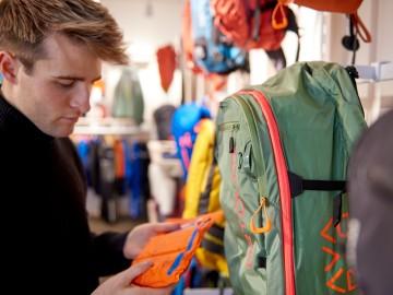 Sport Order mit Schwerpunkt Hartware und Schuhe im September im MOC Ordercenter