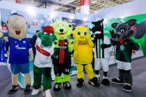 ISPO Beijing Fußballmaskottchen