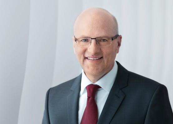 Dr. Reinhard Pfeiffer